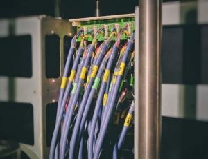 Cocedero de Mariscos invierte en fibra óptica